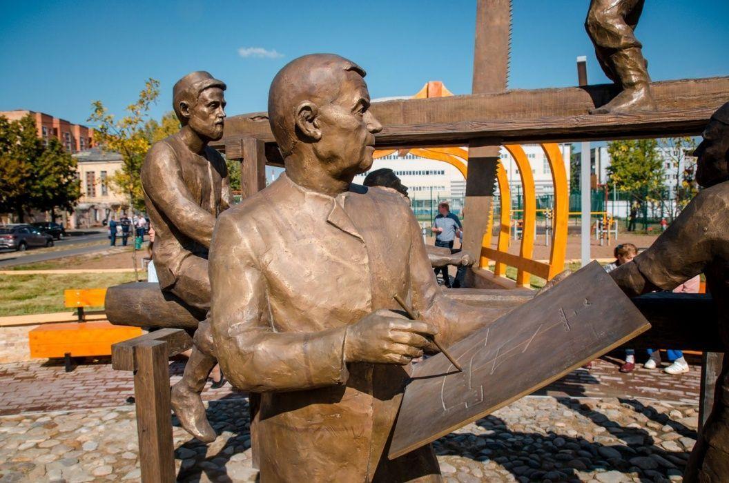 В Казани появился памятник «Бишбалта» (ВИДЕО)