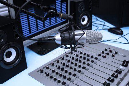 В Казани появилось литературное радио «Китап» на частоте 98.6 МГц