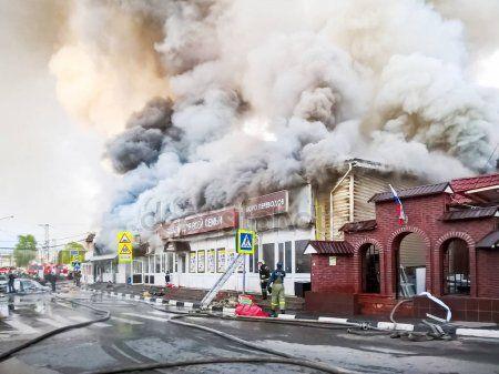 Стали известны новые подробности о пожаре в торговом центре в Нижнекамске