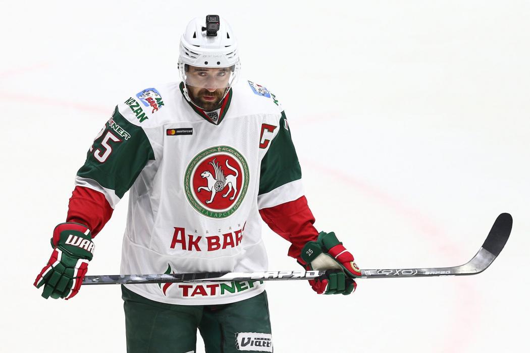 38-летний форвард «Ак Барса» Данис Зарипов вошел в тройку самых высокооплачиваемых игроков КХЛ