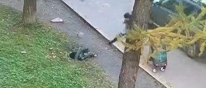 Ребенок упал в канализационный люк не в Татарстане, а в Санкт-Петербурге