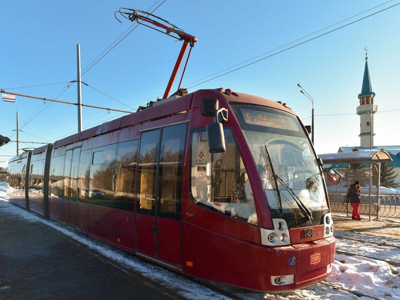 В Казани трамвай сбил насмерть пожилую женщину