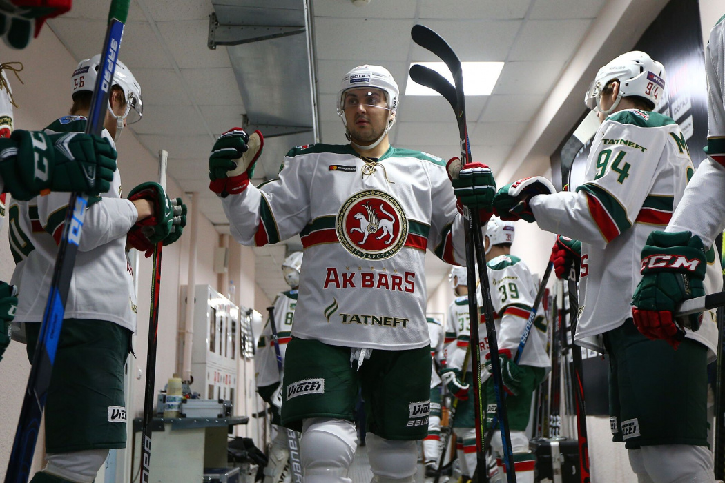 Дубль Петрова принес победу «Ак Барсу» над «Сибирью»