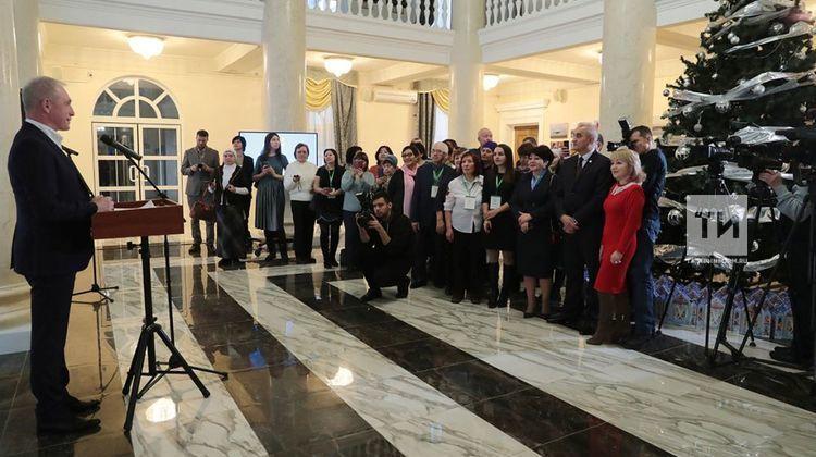 Губернатор Ульяновской области Сергей Морозов наградил руководителя корпункта ТНВ благодарственным письмо