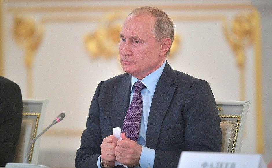 """Владимир Путин: """"Хазары - тоже наш этнос, который русский народ впитал в себя"""" (ВИДЕО)"""