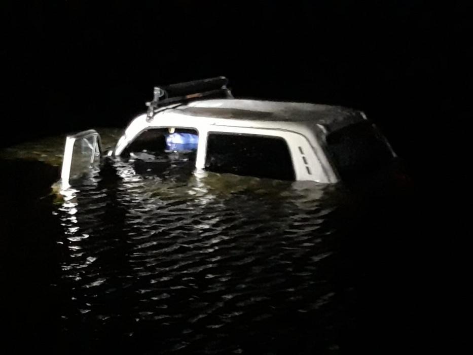 В Мензелинском районе три человека в автомобиле «Нива» провалились под лед