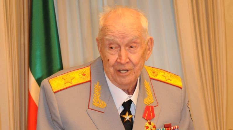 В Москве из жизни ушел генерал армии и участник шести войн Махмут Гареев (ВИДЕО)