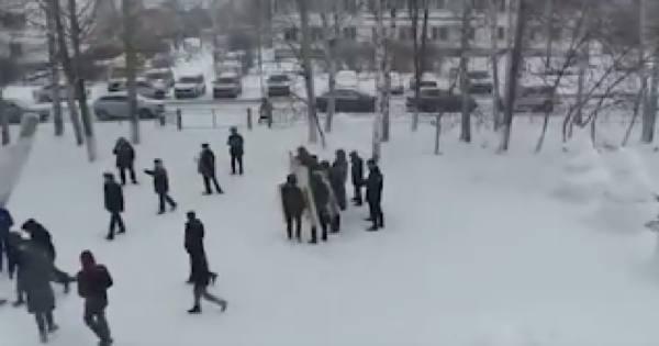 В Татарстане уволили троих полицейских за скандал с учениями МВД в школе