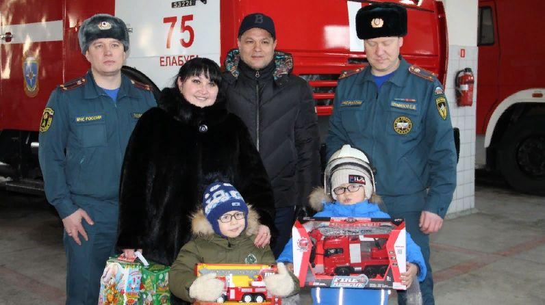 6-летний Данис из Татарстана побывал в пожарной части