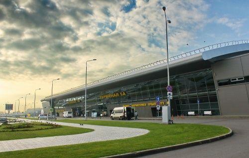 В Казани опровергли слухи об отмене рейсов в Дубай после авиакатастрофы в Иране