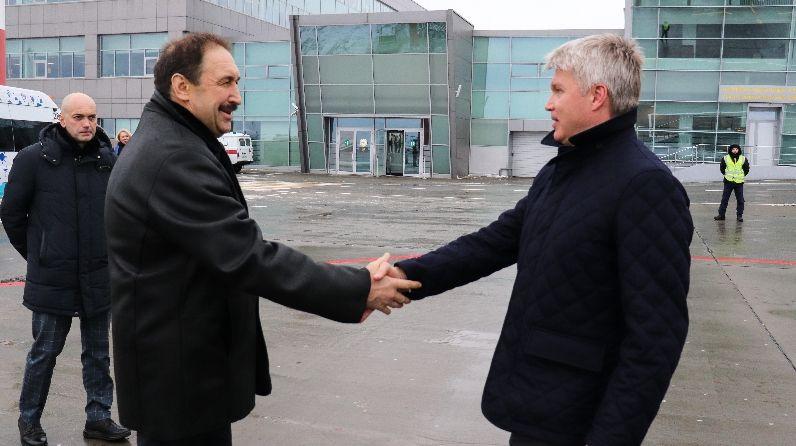 Глава минспорта РФ Колобков прибыл в Казань на совещание по играм стран СНГ