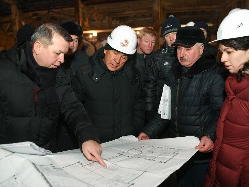 Прощальный тур: как Ирек Файзуллин перед отъездом в Москву обошел все стройки Казани (ВИДЕО)