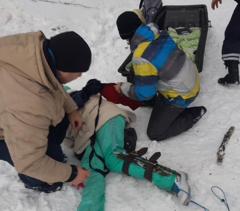 Неравнодушные жители Казани помогли спасти сломавшую ногу лыжницу