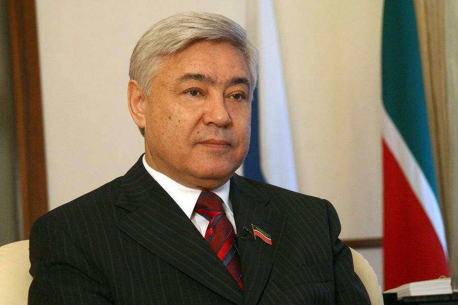 Глава парламента Татарстана выступил против предложения об упоминании бога в конституции