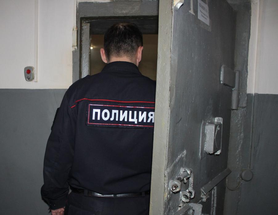 Державшему раба казанскому полицейскому Динару Гафиятову продлили арест