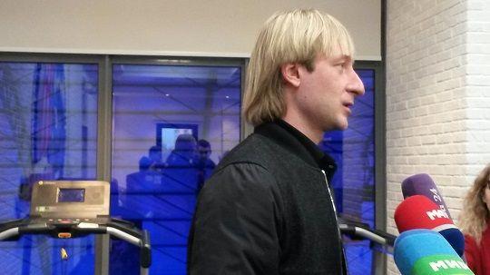 Плющенко: «Загитова и Медведева смогут исполнять четверные прыжки»