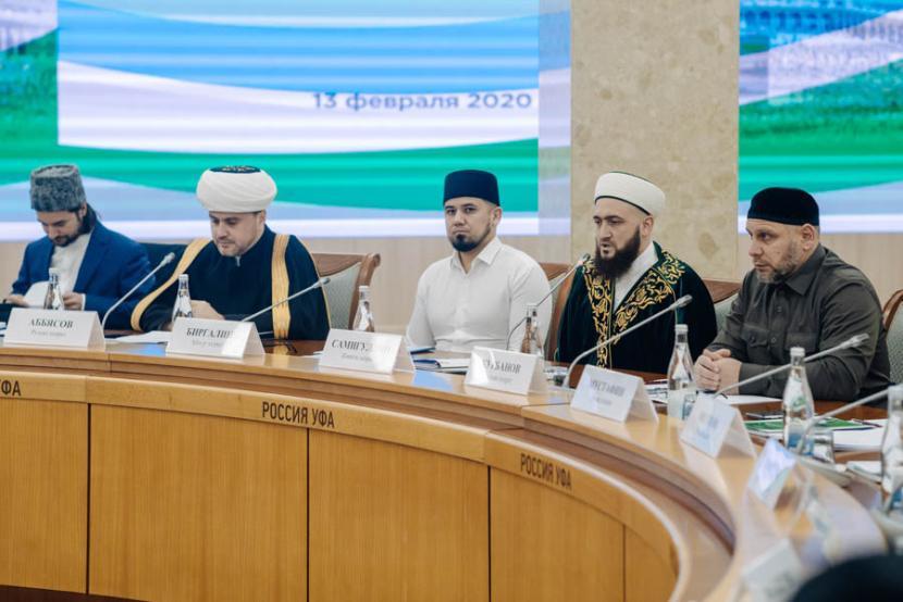 Объем квоты на хадж для Татарстана сохранили на уровне прошлого года – 1800 мест