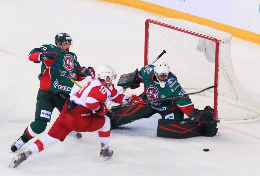 «Ак Барс» сыграет со «Спартаком» в Казани за лидерство в сводной таблице КХЛ