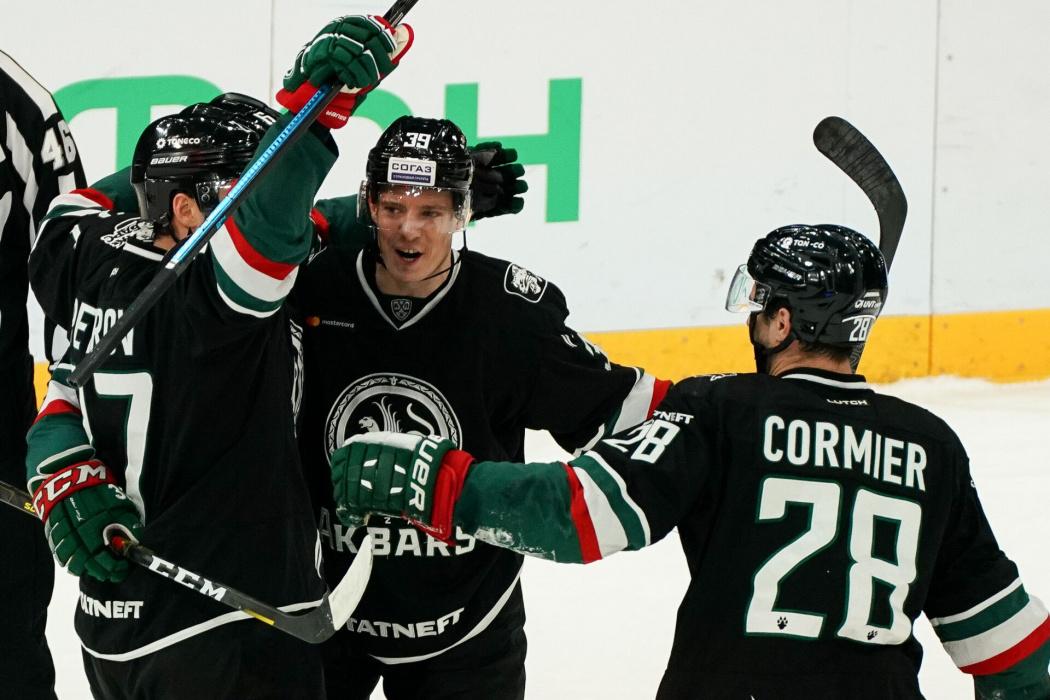 Гол Зарипова принес победу «Ак Барсу» над «Спартаком»