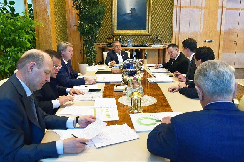 Минниханов обсудил с застройщиками планы по вводу жилья в Высокогорском районе РТ