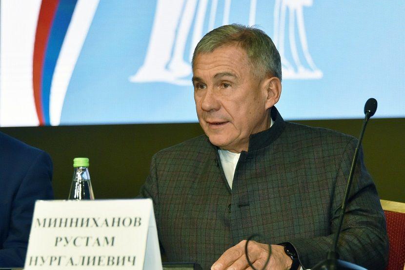 Рустам Минниханов: В Татарстане остается актуальным вопрос о взыскании алиментов