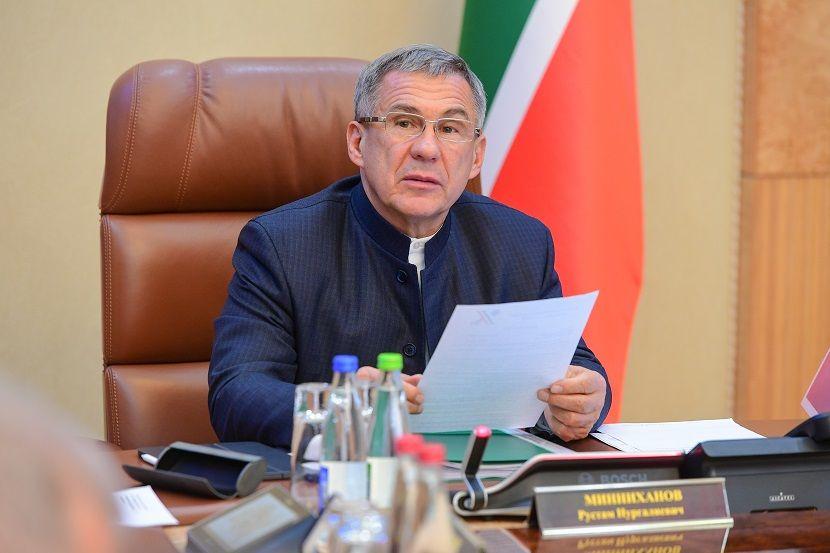 Рустам Минниханов обрушился с критикой на управленцев Татарстана
