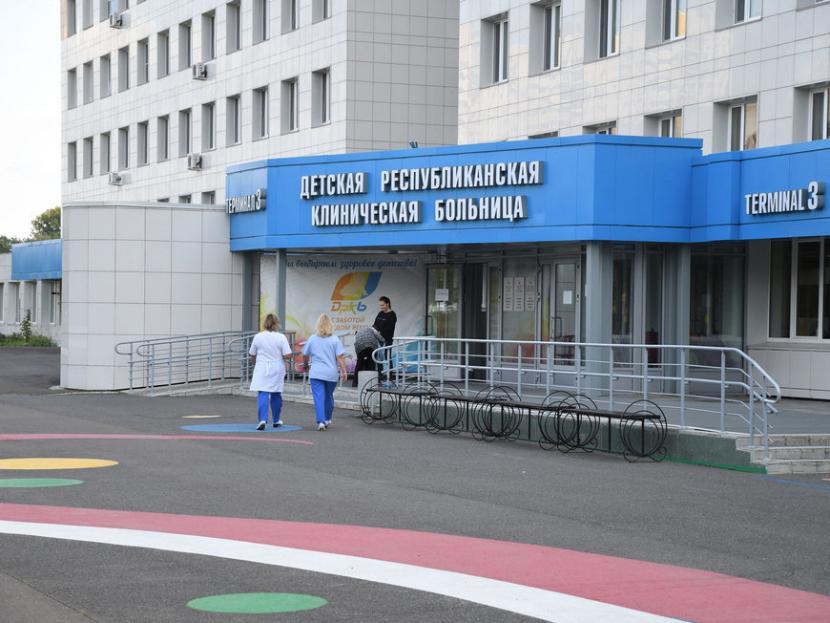 Раненого матерью мальчика в Казани перевели из реанимации в ДРКБ