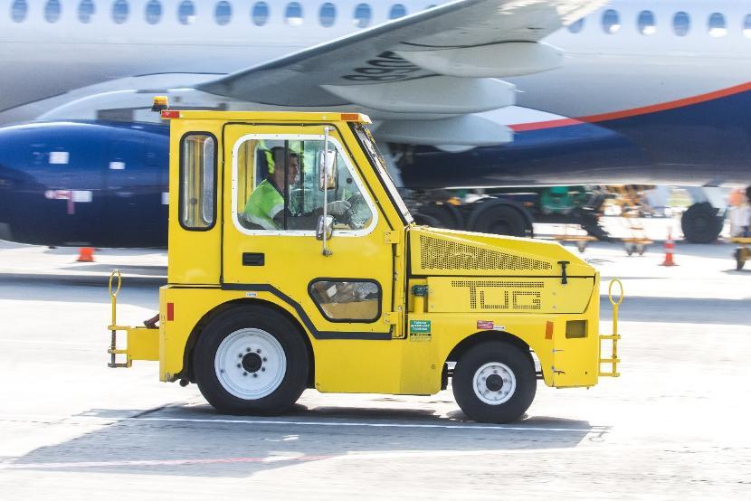 Севший в Казани из-за проблем с пассажиром самолет не может продолжить маршрут