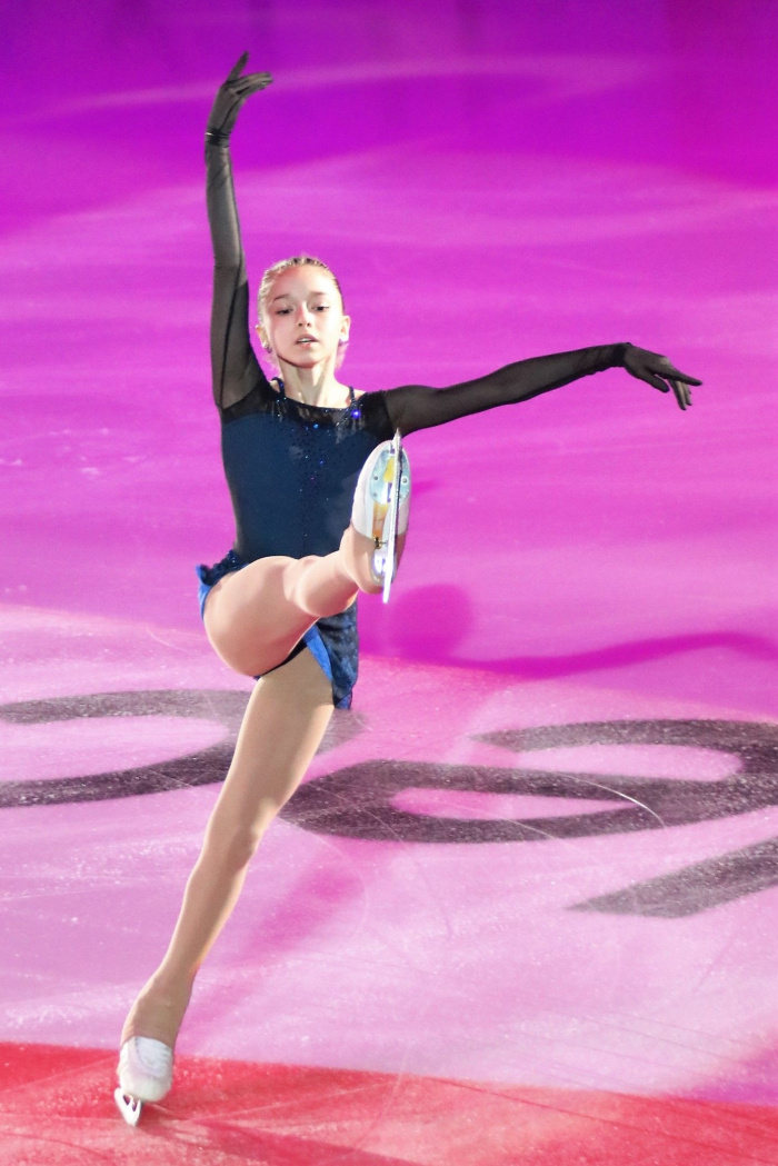 Валиева лидирует в короткой программе ЧМ с новым мировым рекордом