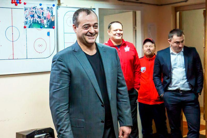 Билан освободил должность исполнительного директора ХК «Ижсталь»