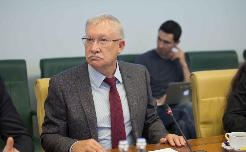 Сенатор от Татарстана: Все владеющие русским языком жители России — равны