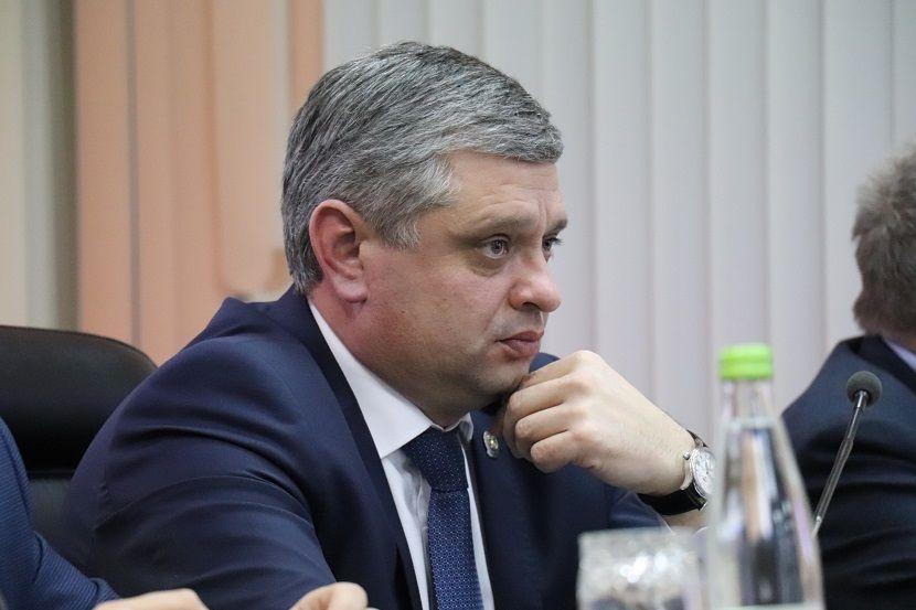 Вернувшегося из командировки в Германию главу Минэкологии РТ отправили на карантин
