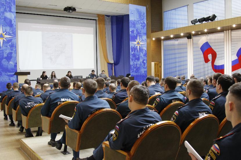 В офис татарстанского управления МЧС пришли с обыском сотрудники ФСБ