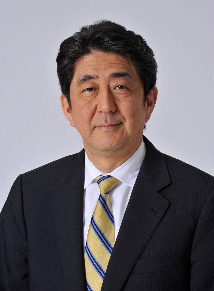 Премьер Японии заявил о неизбежной отмене ОИ в Токио