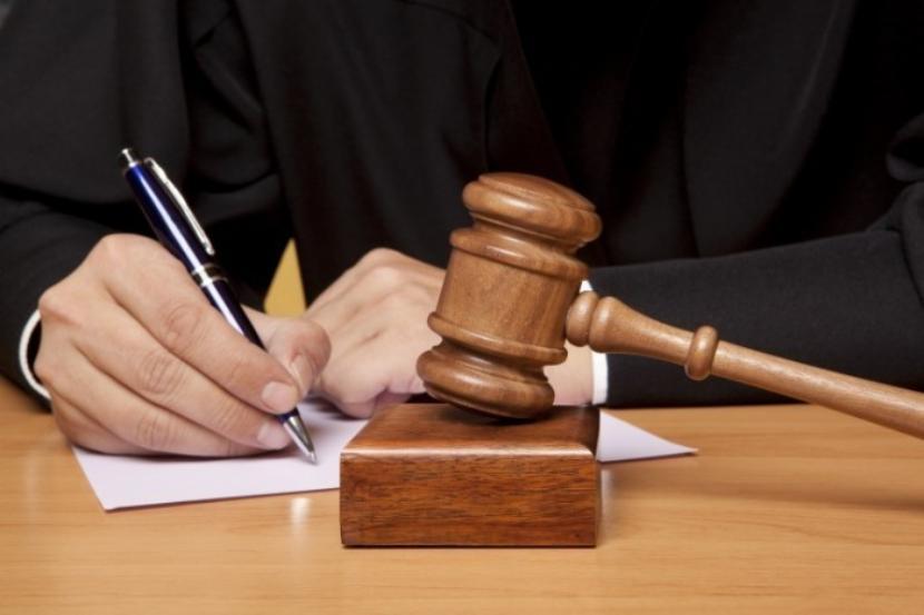 Экс-главу Булгар-банка Сергея Довиденко приговорили к 4 годам колонии