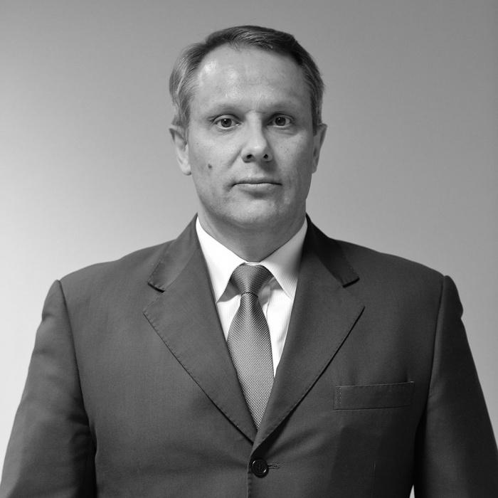 Спортивный директор «Авангарда» Евгений Радионов скончался в 48 лет из-за болезни
