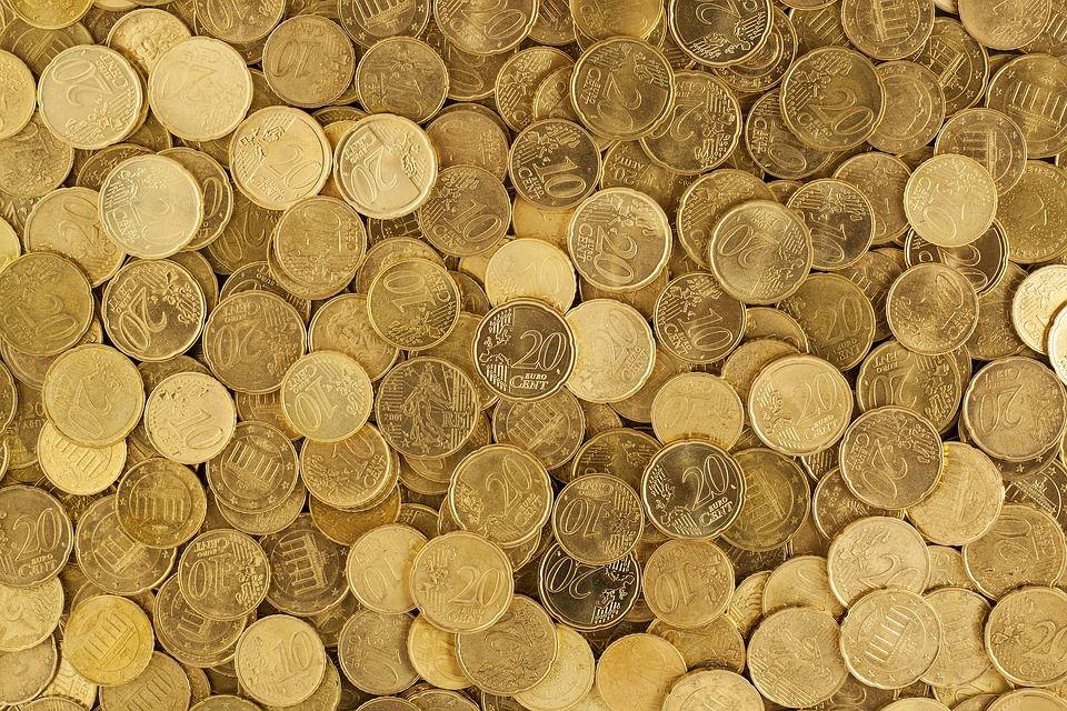 Букмекеры: российская валюта не упадет ниже 85 рублей за доллар в 2020 году