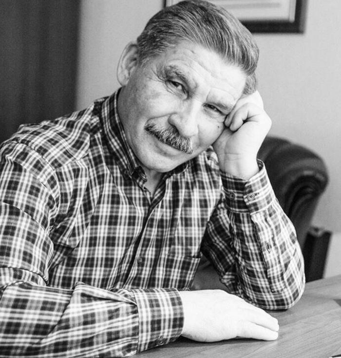 В Татарстане не стало поэта Роберта Миннуллина