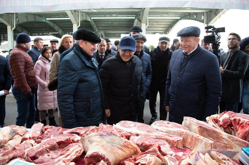Рустам Минниханов распорядился отменить сельхозярмарки в Татарстане 28 марта