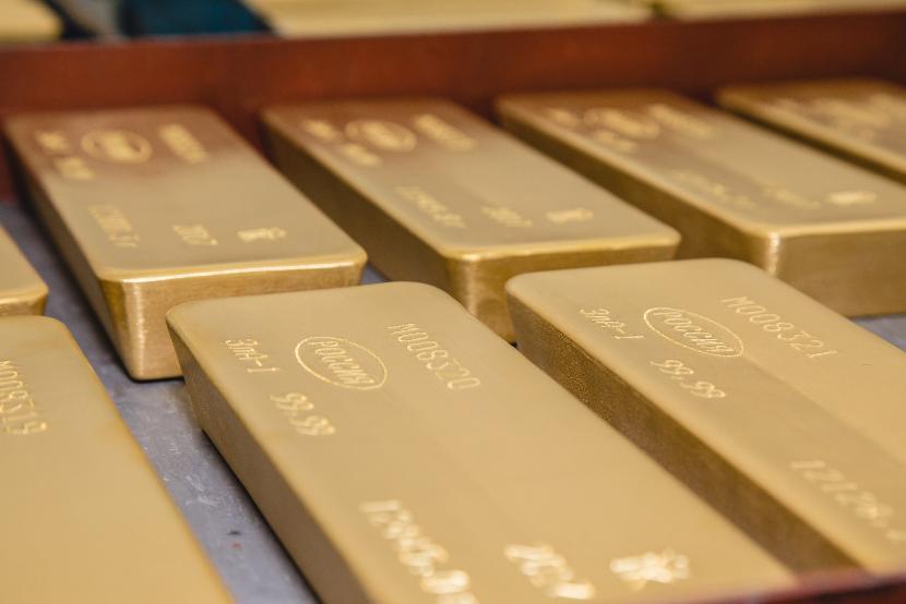 Частный владелец вывез из Москвы в Лондон тонну золота