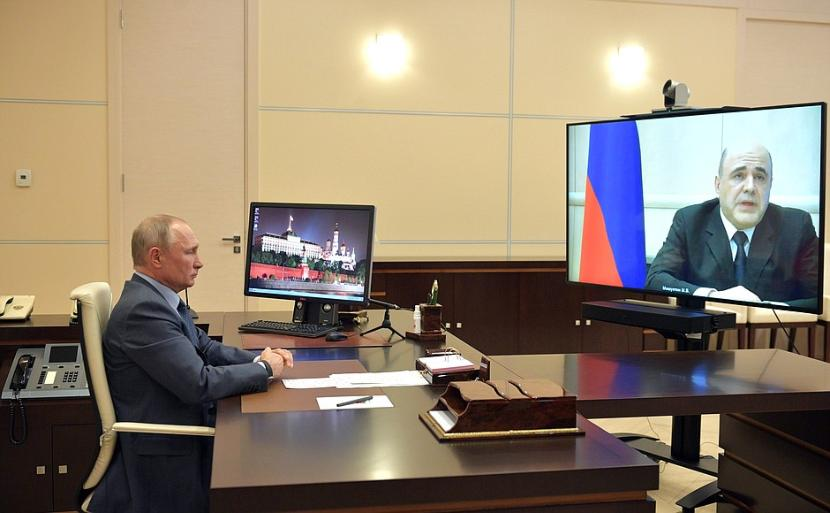 Путин: Решения о поддержке экономики без Мишустина приниматься не будут