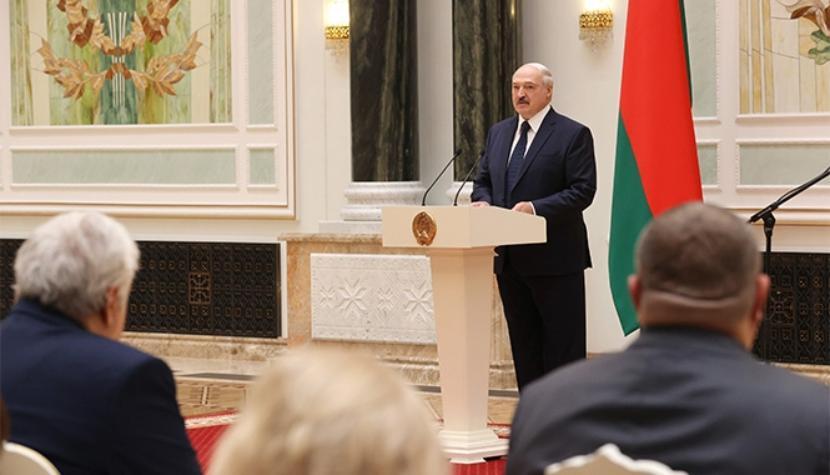 Более половины россиян верят в победу Лукашенко на выборах