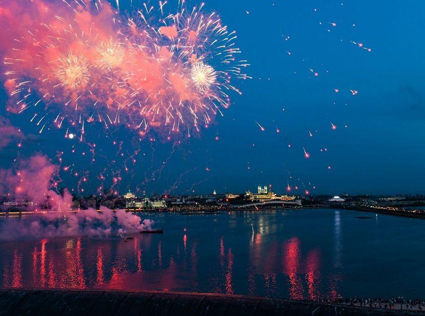 На День города в Казани прогремит салют и выступят известные артисты