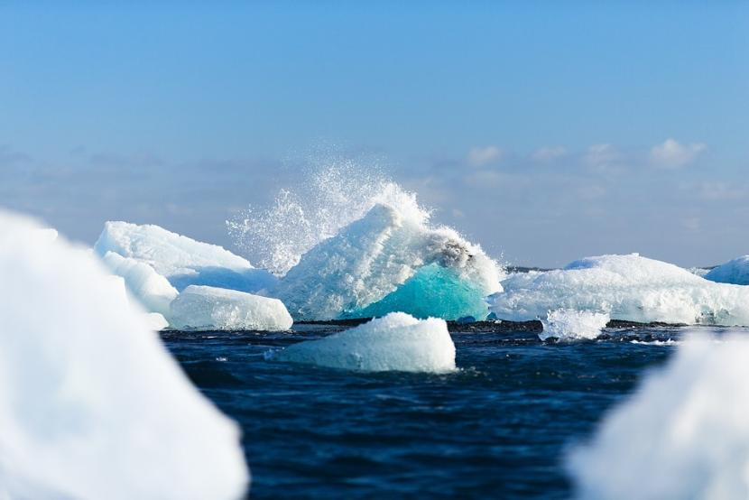 В канадской Арктике в водоемах найдены волокна от джинсов