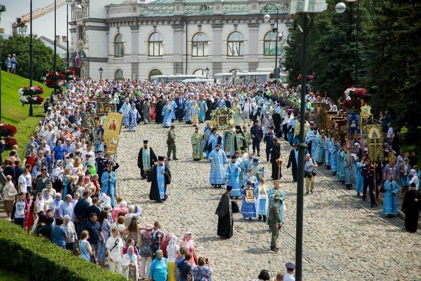 Центр Казани перекроют на время крестного хода