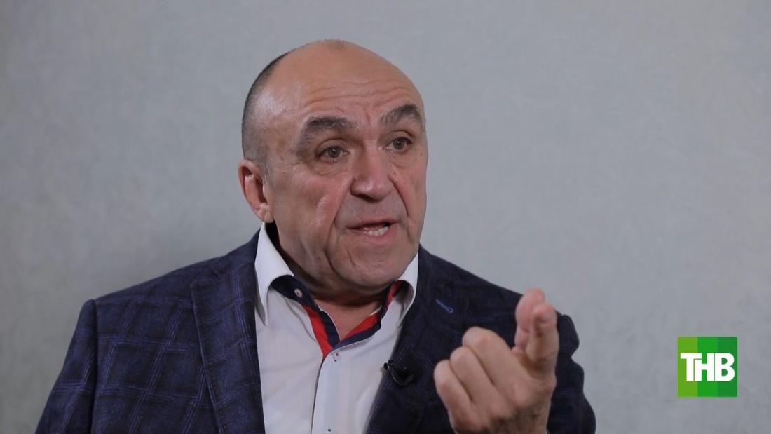 """Илдар Хәйруллин: """"Язучылар берлеге нәрсә соң ул, чиновникларны җыеп утырыр өченме?"""""""