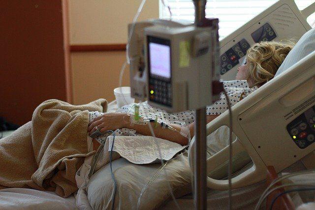 В России удвоили выплаты при госпитализации пациентов с внебольничной пневмонией