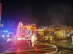В Казани произошел пожар на Приволжском рынке