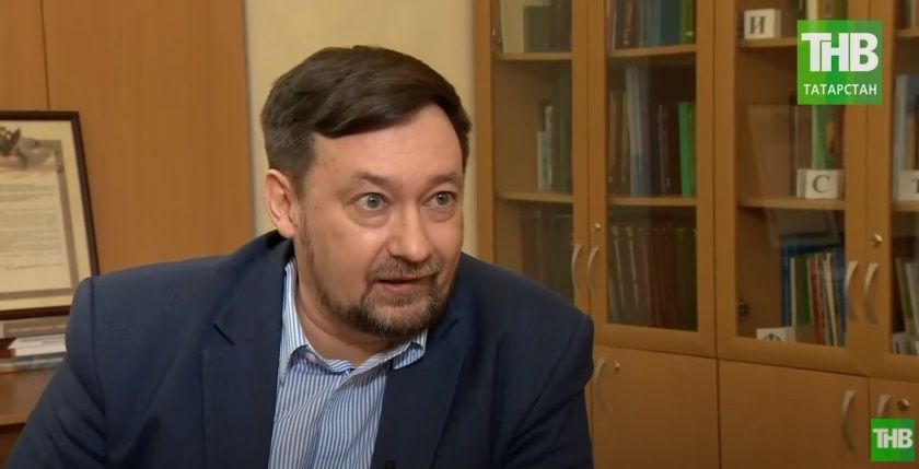 Олег Хисамов: «У нас 3 диалекта татарского языка и помимо литературного языка есть еще письменность, а у диалекта нет письменности» - видео