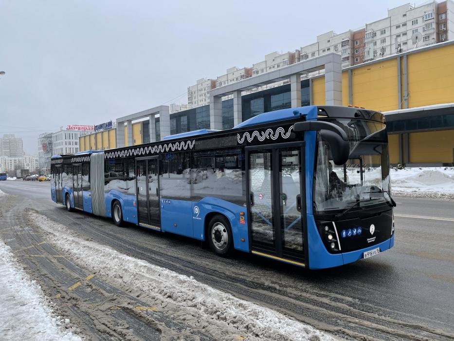 В Москве завершают тест-драйв автобуса-«гармошки» от «КАМАЗа»